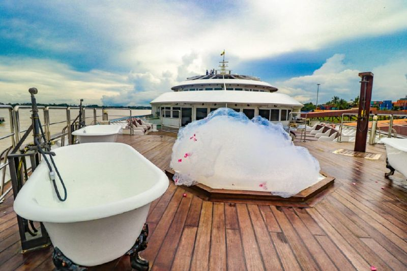 The top 10 best blogs on yangon for Hotel vintage luxury yacht